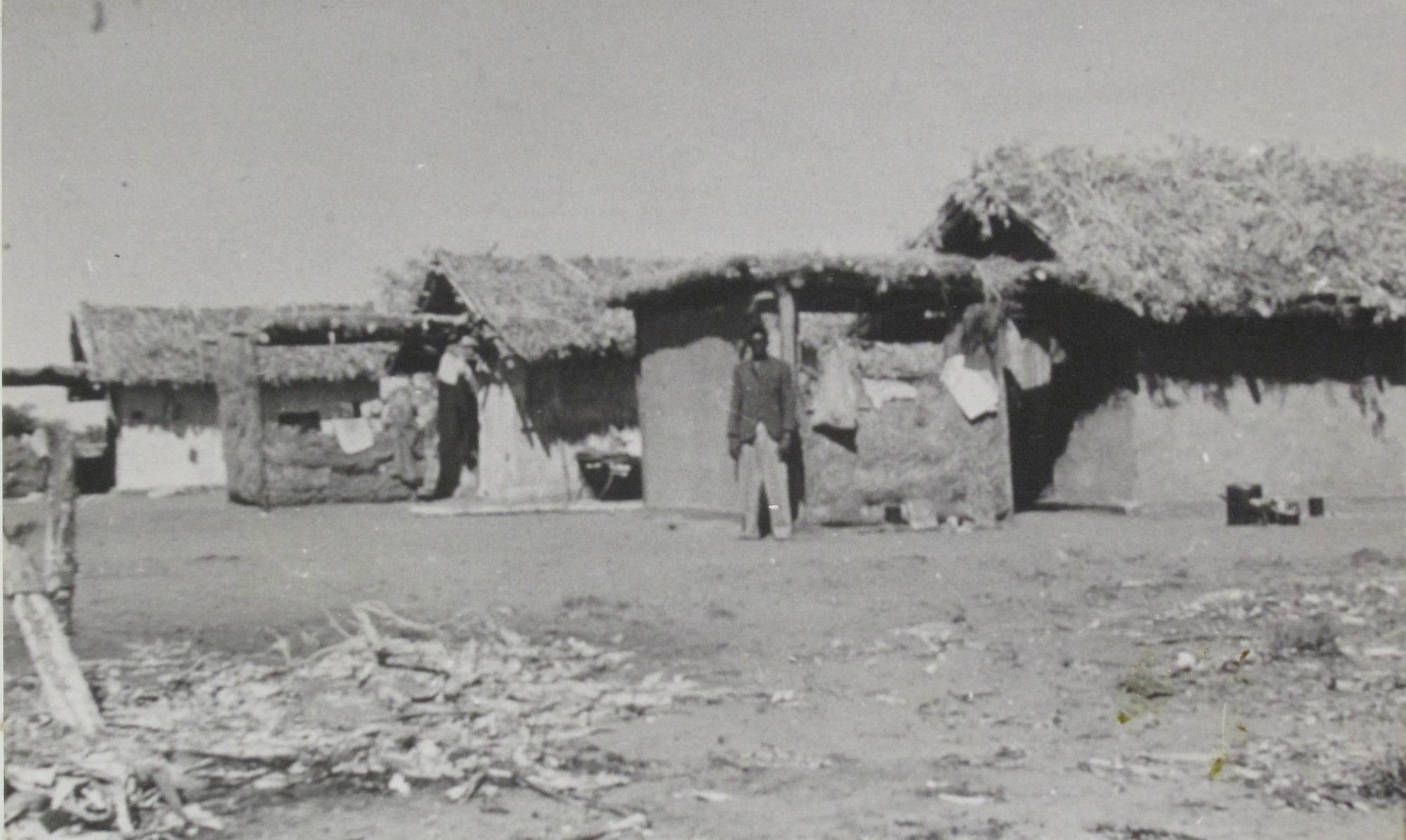 Adobe cottages at Yandeyarra 1953